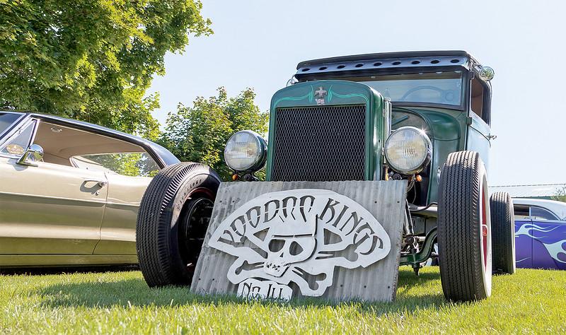 LCJ_606_voodoo_car_show02