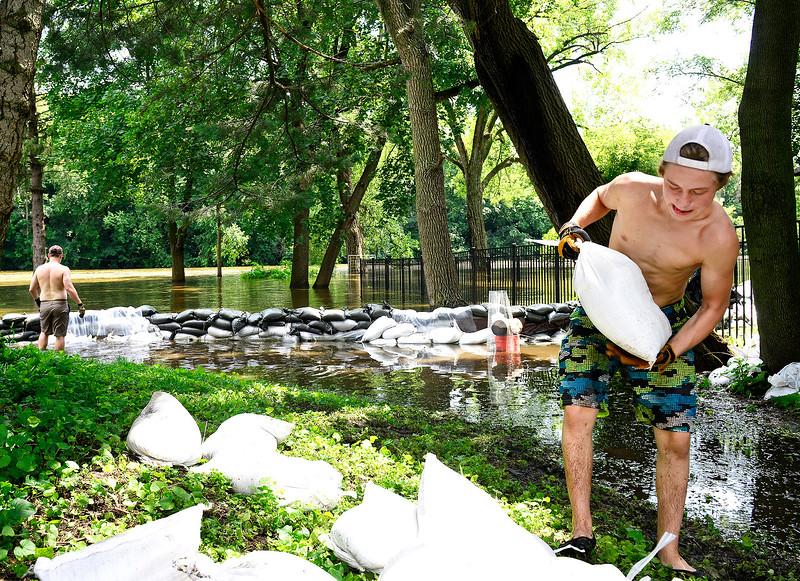 Hnews_Fri721_flooding_alg5
