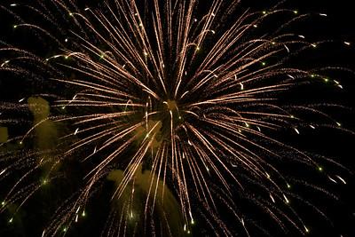 hnews_070719_CL_Fireworks-13