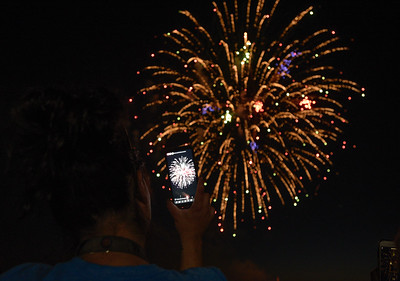 hnews_070719_CL_Fireworks-6