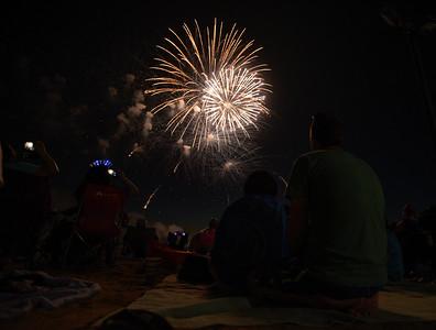 hnews_070719_CL_Fireworks-12