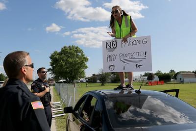 hnews_0711_Dog_Protest