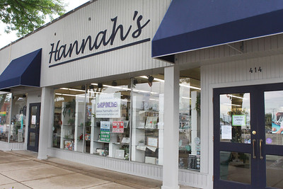 Candace H. Johnson-For Shaw Media Hannah's on Lake Street in downtown Antioch. (6/26/20)