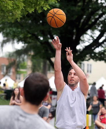 Jeff Krage – For Shaw Media<br /> Giacomo Losacco of Wooddale takes a shot Saturday during the Geneva Park District's 3-on-3 basketball tournament at Swedish Days. <br /> Geneva 6/22/13