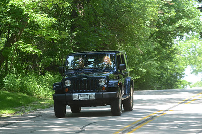 Hinsdale Jeep Girls
