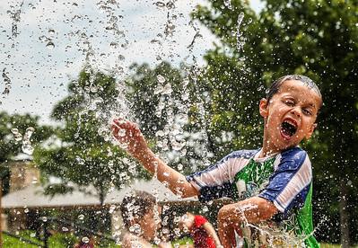 hnws_adv_Splash_Park.jpg