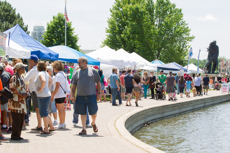 A large crowd enjoys the weather at St. Charles River Fest while browsing items for sale by various vendors at Pottawatomie Park in St.Charles, IL on Sunday, June 08, 2014 (Sean King for Shaw Media)