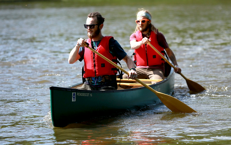 knews_tue_624_PaddleForACure2