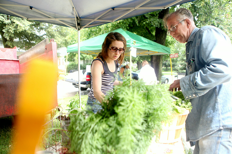knews_wed_625_TRI_FarmersMarket1