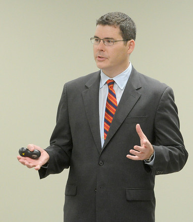 Shaw speaks to Westmont Chamber