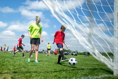 hnews_sun607_tops_soccer1.jpg