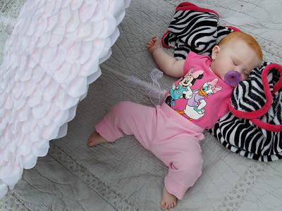 hcomm_adv_Sleeping_Baby