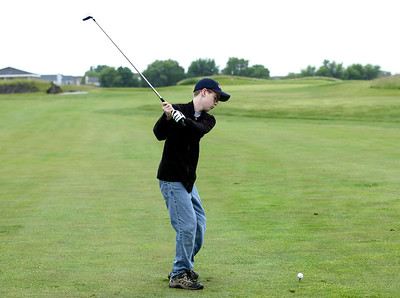 hspts_adv_child_golf_tee2