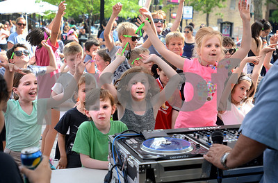 The Elmhurst City Centre hosted Party in the Plaza, a kids event to celebrate the start of summer vacation.