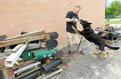 LCJ_0608_TOPS_Dog_TrainingM