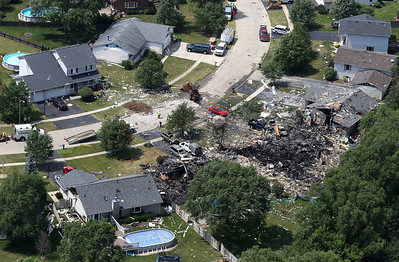hnews_mon612_mar_home_explosion09