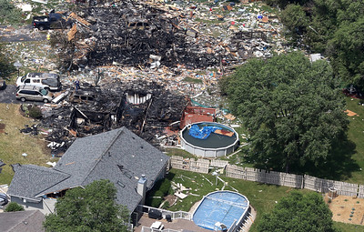 hnews_mon612_mar_home_explosion10