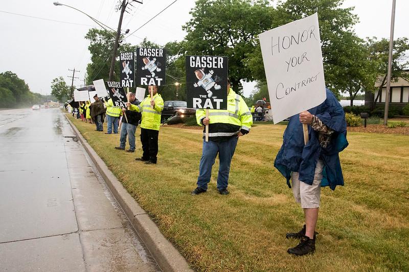 hnews_thur0615_Gasser_Protest_06.jpg
