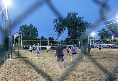 LCJ_0622_JJTwigs_Beach_VolleyballE