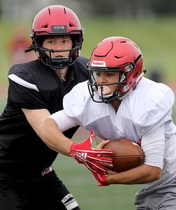hspts_0620_Huntley_Football