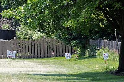 hnews_0616_D47_Fence
