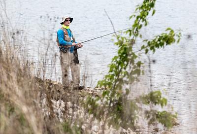 PLAY_adv_Fishing2.jpg