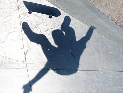 2A_adv_Flying_Shadow