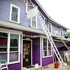 knews_thu_601_ELB_purplestore3