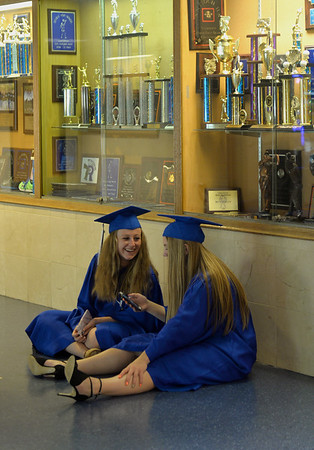 knews_thu_601_STC_GHSgraduation4