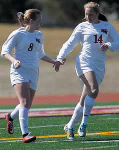hspts_sun329_girls_soccer_03