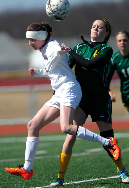 hspts_sun329_girls_soccer_02