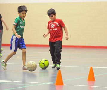 Caguamitos soccer practice