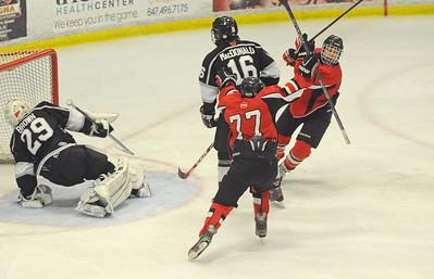 lspts-GlenbardHockey01-0319-GEN