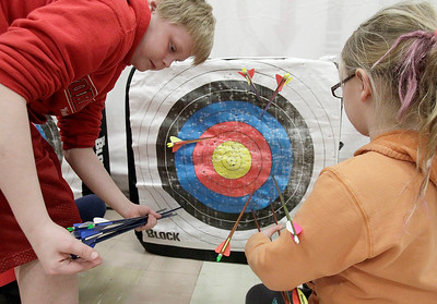 hnews_adv_Archery_Kids_12