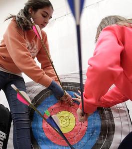 hnews_adv_Archery_Kids_07