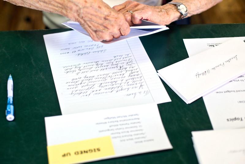 hnews_tue0308_Senior_Letters4