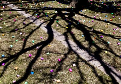 hnews_adv_Easter_Egg2.jpg