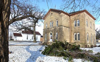 hnews_fri303_huntley_schoolhouse