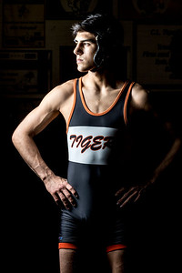 hspts_adv_POY_WREST_Lenny_Petersen_03.jpg