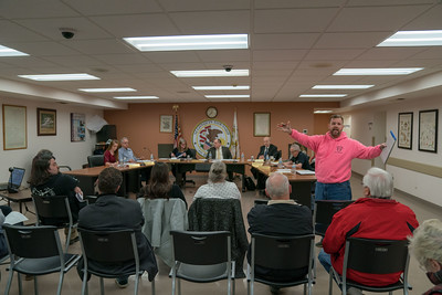 NWH_NEWS_Algonquin_Township_Meeting_0314.xmp