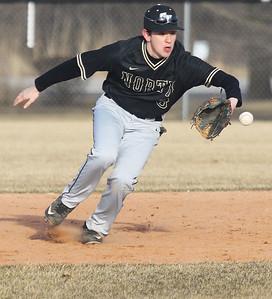 Candace H. Johnson-For Shaw Media Grayslake North's Sebastian Sancen makes the catch against Warren in the fifth inning at Warren Township High School in Gurnee. Warren won 5-1.(3/19/18)