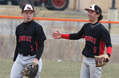 NWH.sports.0330.Huntley baseball03