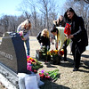 knews_thu_STC_315_CofflandCemetery2