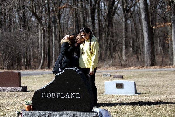 knews_thu_STC_315_CofflandCemetery3