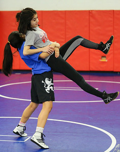 Dundee-Crown girls wrestlers practice for state finals