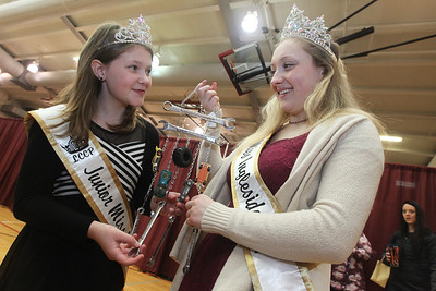 Candace H. Johnson-For Shaw Media Dakota Cleaver, 11, and Desi Frank, 17, 2018 Ingleside queens, look at a car wind chime for sale during the Business & Craft Expo at Grant Community High School in Fox lake. The chime was made by Barbara Wimbrow, of Spring Grove with A Fan Affair. The event was sponsored by the Fox Lake, Richmond and Spring Grove Area Chamber of Commerce. (3/2/19)