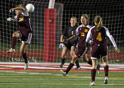 H. Rick Bammman - hbamman@shawmedia.com Richmond-Burton's Savannah Schinto helps to defend late in the second half.