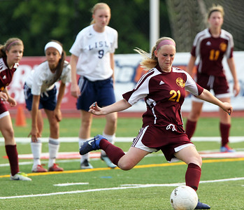 H. Rick Bamman - hbamman@shawmedia.com Richmond-Burton's Hannah Condit scores on a penalty kick in the second half.