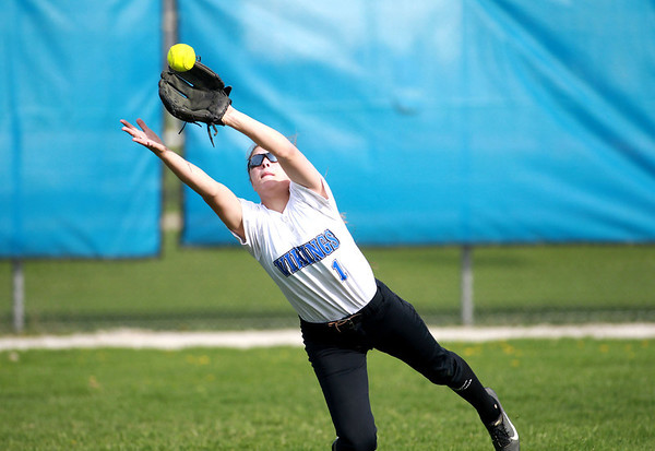 kspts_wed_507_SCE_GENsoftball2