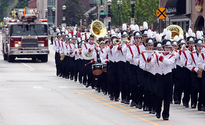 Jeff Krage – For Shaw Media The Barrington High School marching band performs as it heads west on Main Street during Monday's Memorial Day parade. Barrington 5/26/14